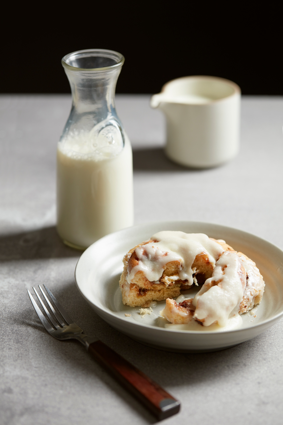 Cinnamon-Roll-with-Milk-web